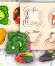 Больше-меньше Овощи. Развивающая доска Сегена