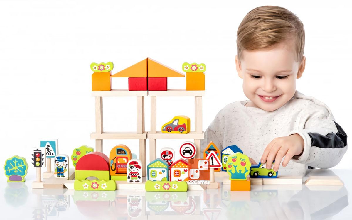 Деревянный конструктор «Городок» для мальчика